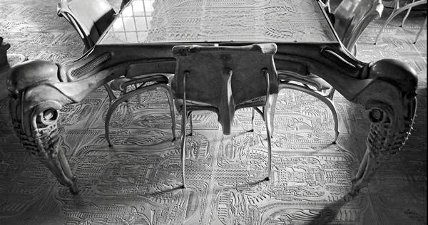 Muebles diseñados por H. R. Giger.